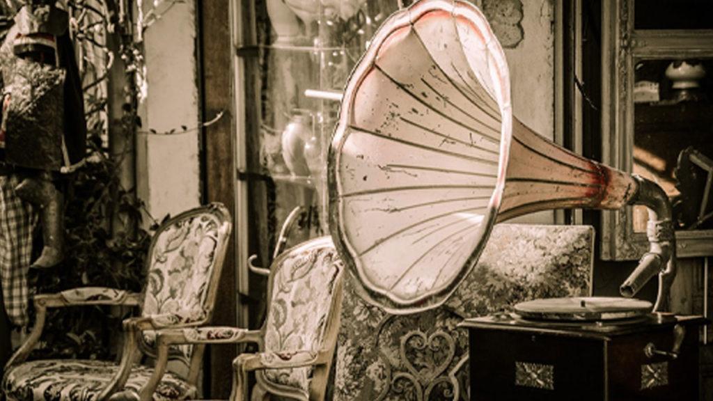 A gramophone.